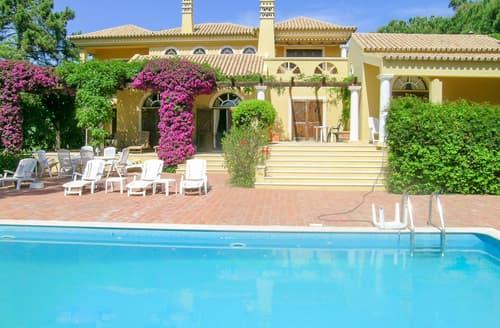 Last Minute Cottages - Villa Flor do Deserto