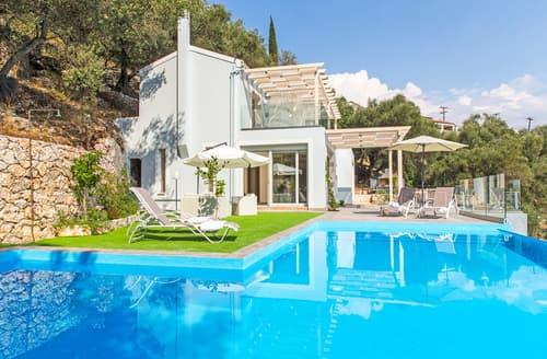 Last Minute Cottages - Villa Rana
