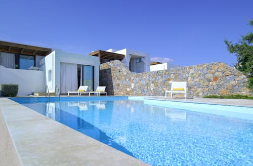 Last Minute Cottages - Villa Selene