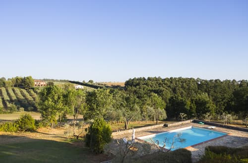 Last Minute Cottages - Villa Quilici