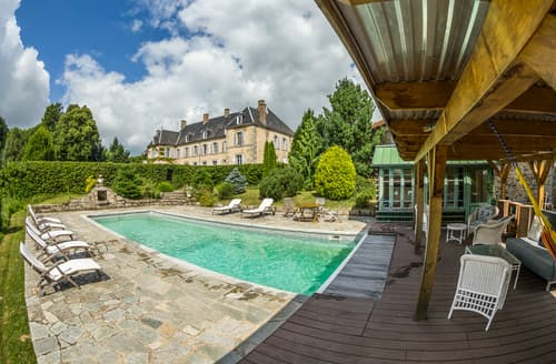 Last Minute Cottages - Chateau De Mouney