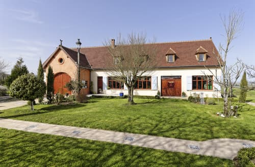 Last Minute Cottages - Stunning Bouhy Cottage S116686