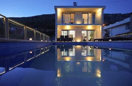Last Minute Cottages - Villa Ivana