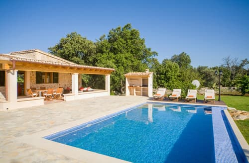 Last Minute Cottages - Casa Ostero