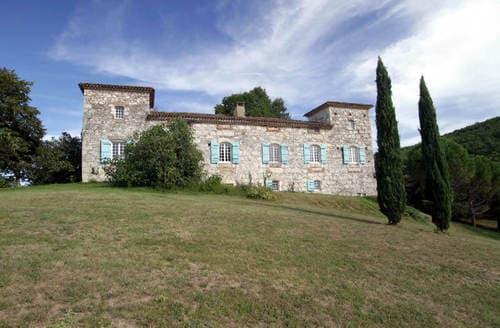 Last Minute Cottages - Chateau Agenais