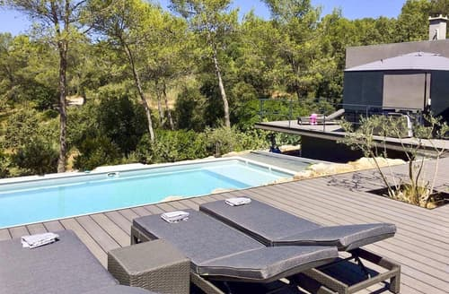Last Minute Cottages - Villa Garrigue