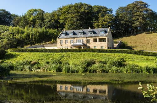 Last Minute Cottages - Captivating Whitby Cottage S114390