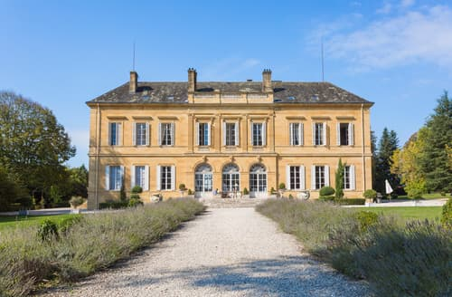 Last Minute Cottages - Chateau Le Duc