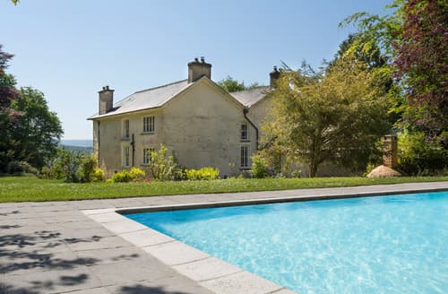 Last Minute Cottages - Tregaron Manor