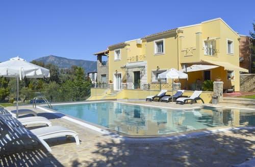 Last Minute Cottages - Villa Dassia