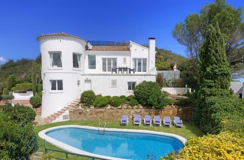 Last Minute Cottages - Villa Encantado