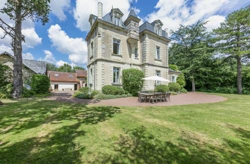 Last Minute Cottages - Chateau De Vigner Estate