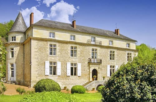 Last Minute Cottages - Chateau De Sioraque