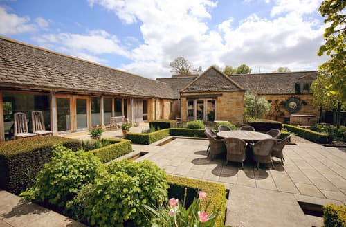 Big Cottages - Gorgeous Temple Guiting Cottage S59561