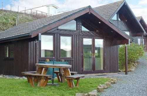 Last Minute Cottages - Henford Lodge