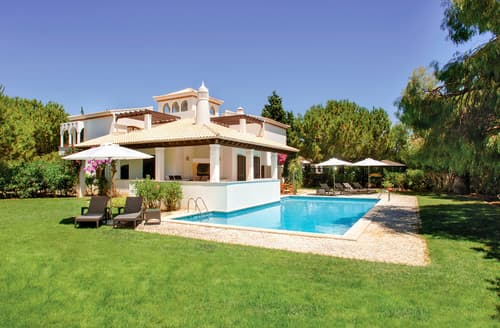 Last Minute Cottages - Villa Birdie
