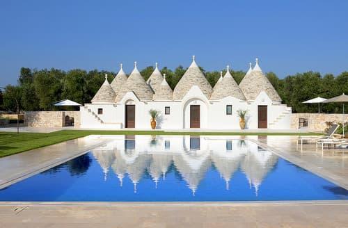 Last Minute Cottages - Villa Trullo