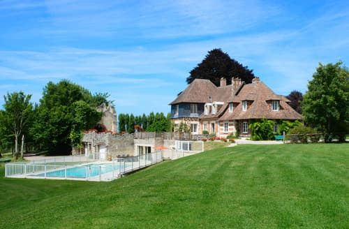 Last Minute Cottages - Manoir De Blouse-Ville
