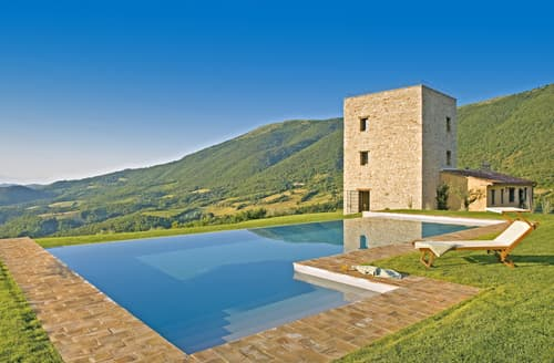 Last Minute Cottages - Cosy Perugia Cottage S114665