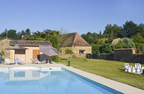 Last Minute Cottages - Le Chai