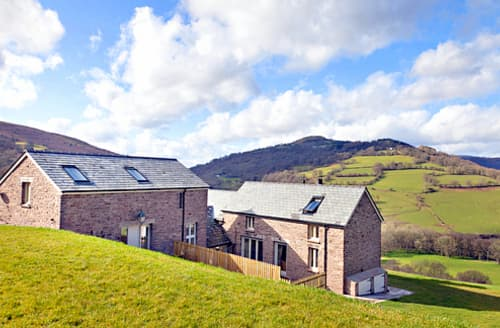 Last Minute Cottages - Berry Wood Barn