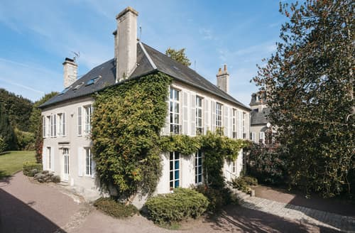 Last Minute Cottages - Manoir Normand