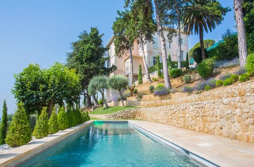 Last Minute Cottages - Villa Marchand