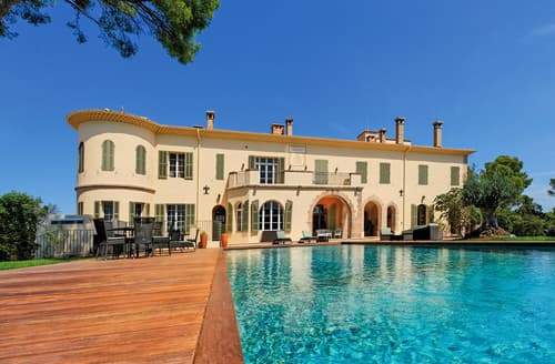 Last Minute Cottages - Villa Amalie