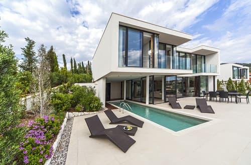 Last Minute Cottages - Villa Capocesto IV