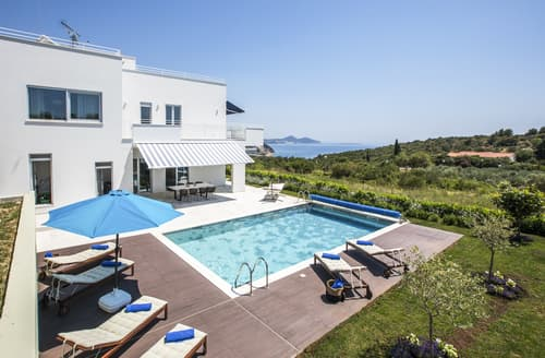 Last Minute Cottages - Villa Dubrava