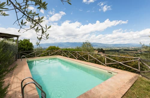 Last Minute Cottages - Villa Costi