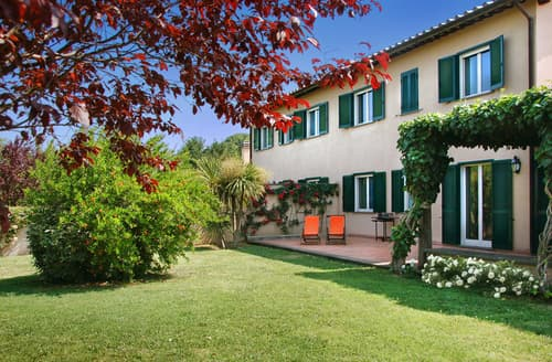 Last Minute Cottages - Villa Rovani