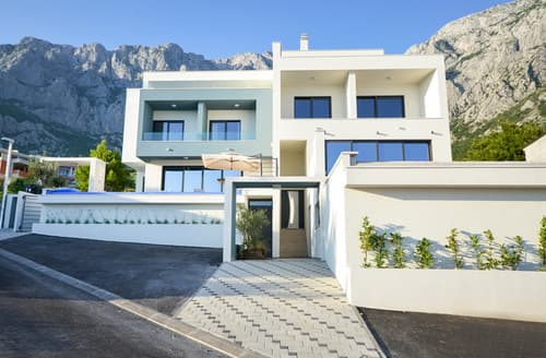 Last Minute Cottages - Villa Planina