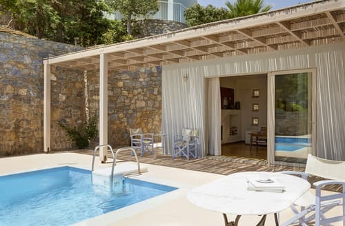 Last Minute Cottages - Villa Cassiopeia