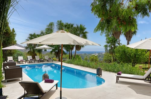 Last Minute Cottages - Casa Feliz