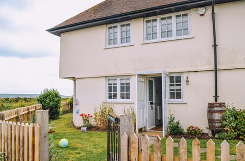 Last Minute Cottages - Excellent Lymington Cottage S94998