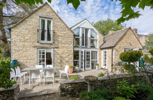 Last Minute Cottages - Lovely Oxon Cottage S86409