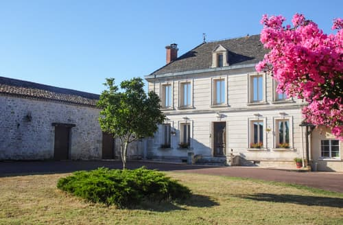 Last Minute Cottages - Manoir Beaulieu