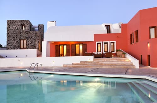 Last Minute Cottages - Villa Picasso