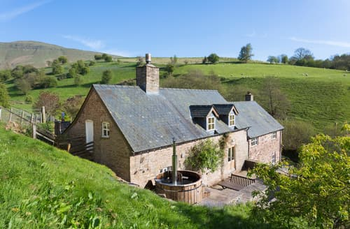 Big Cottages - Adorable Llandefalle Cottage S59607
