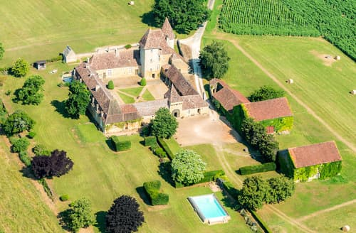 Last Minute Cottages - Chateau De Theleme