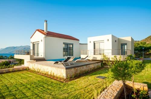 Last Minute Cottages - Villa Levantes