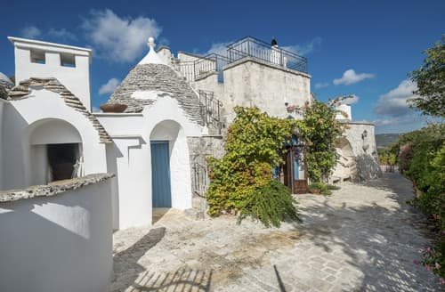 Last Minute Cottages - Trullo le Carrozze