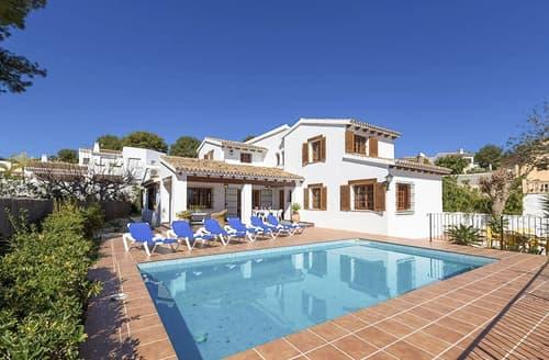 Last Minute Cottages - Villa Alaia