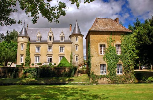 Last Minute Cottages - Chateau De La Manay