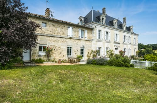 Last Minute Cottages - La Maison du Voyage
