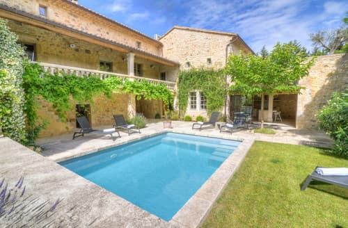 Last Minute Cottages - La Cour