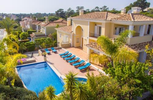 Last Minute Cottages - Villa Carina