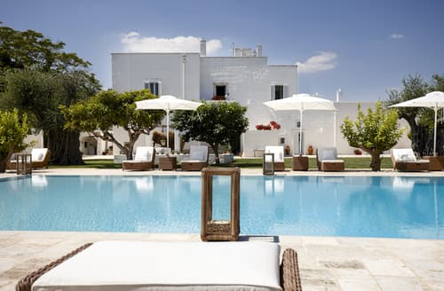 Last Minute Cottages - Villa Marcella