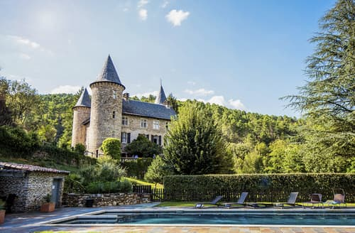Last Minute Cottages - Chateau Chamborigaud